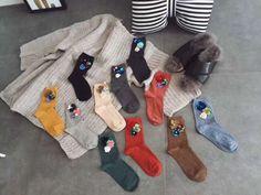 Wholesale 2Pair/Lot Popular Fall Winter DIY Socks Sequins Flowers Lady Cotton Socks Korean Trend Piles Heap Ladies Socks