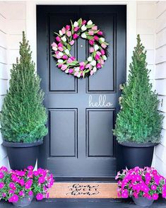 Likes, 143 Comments - Robbie Spring Home Decor, Spring Sign, Spring Is Here, Pick Me Up, Garden Inspiration, Curb Appeal, Floral Wreath, Home And Garden, Outdoor Decor