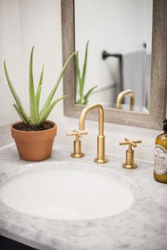 Can we talk about the faucet? It was another Lowe's find that really helped elevate the design.