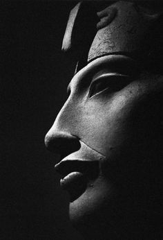 """Akhenaten (aka Amenhotep IV) the famous 18th dynasty (1300s BC) Pharaoh, known for favouring Monotheism/Henotheism centred around the life-bringing solar disc """"Aten""""."""