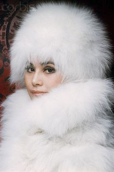 Japanese Actress, Socialite, and Wife of Indonesian Leader Sukarno, Dewi Sukarno Stunning Brunette, Fox Coat, Fur Clothing, Fur Accessories, Fabulous Furs, Snow Bunnies, White Fur, Fur Fashion, Girls Wear
