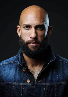"In ""The Keeper,"" the goalie Tim Howard describes how he overcame obstacles to become one of the world's best soccer players."