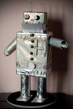 """Robot make a picture with aluminum foil (precut squares) and let the kids add pipe cleaners, buttons, etc. """"R"""" day @Linda Bruinenberg Bruinenberg Hosch"""