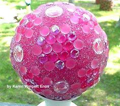 Gallery of creative garden art balls with tutorials   Make your own!