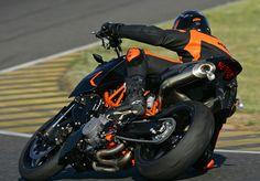 2007 KTM 990 Super Duke | Motorcycle Review