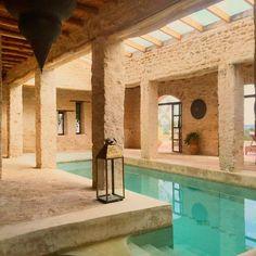 Ver esta foto do Instagram de @villaanouk • 207 curtidas Bathtub, Bathroom, Bath Tube, Bath Tub, Bathrooms, Tubs, Bathtubs, Bath, Soaker Tub