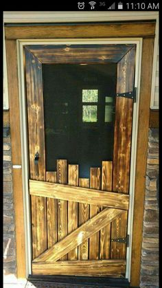 Screen door made of pallets
