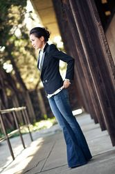 wide leg trouser jeans and a fitted blazer...perfect!