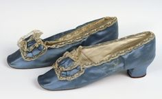 Blue boudoir shoes, 1865-1875. Courtesy of the Albany Institute.