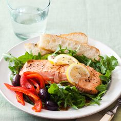 """Tuscan Sun Salmon Salad @ Good Housekeeping (""""With not much beyond frozen salmon fillets and a microwave, you can put together a tasty and elegant dinner in about 10 minutes. Salmon Salad Recipes, Fish Recipes, Seafood Recipes, Cooking Recipes, Seafood Meals, Heart Healthy Recipes, Healthy Salad Recipes, Healthy Foods, Healthy Lunches"""