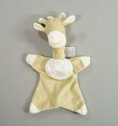 Doudou girafe plat velours beige bavoir à broder DMC