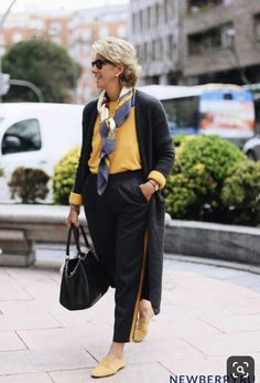 Best Fashion Tips For Women Over 60 - Fashion Trends Over 60 Fashion, Mature Fashion, Older Women Fashion, Over 50 Womens Fashion, 50 Fashion, Look Fashion, Plus Size Fashion, Fashion Outfits, Fashion Trends