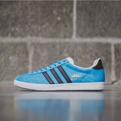 half off dde25 ff675 ... Red Mens Casual Shoes Classic Sneakers S79174 Gray HKK adidas Originals  Gazelle OG  Solar Blue ...