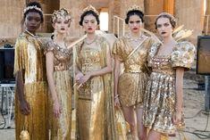 Dolce & Gabbana, Tulle Ball Gown, Ball Gowns, Grecian Goddess, Greek And Roman Mythology, Stefano Gabbana, Fashion Seasons, Vogue, Silhouette