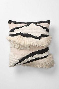shag cushion