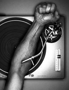 ♫♪  Music in my veins ♥ ♪♫ #dj #djculture #music http://www.pinterest.com/TheHitman14/dj-culture-vinyl-fantasy/