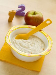Since apple is a fruit with low risk of allergy, it is one of the first foods used in the transition process of infa Attachment Parenting, Baby Led Weaning, Homemade Beauty Products, Meals For One, Baby Food Recipes, Allergies, Icing, Peanut Butter, Food And Drink