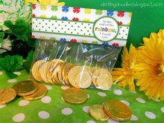 St. Patrick's Day Treat Bag Toppers - Darling Doodles #FreePrintable