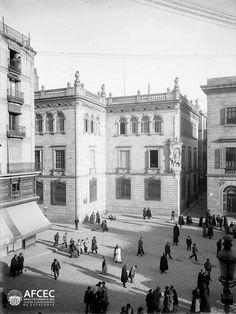 Barcelona, Plaça Sant Jaume 1903.