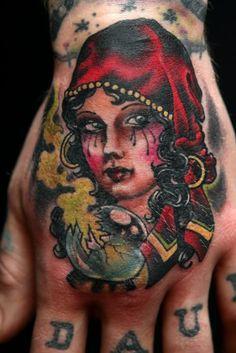 Gypsy Woman Tattoo On Hand Top Tattoos, Great Tattoos, Body Art Tattoos, Hand Tattoos, Arabic Tattoos, Amazing Tattoos, Dragon Tattoo Back Piece, Dragon Sleeve Tattoos, Gipsy Tattoo