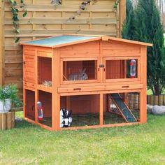 Idea para construir una casa para animales con madera reciclada