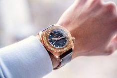 Zelos Hammerhead Watch Review: Affordable 1,000m Diver In Bronze With Meteorite Dial