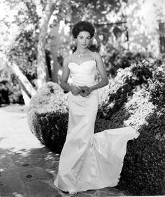 1960 wedding dress ~ Dana Wynter