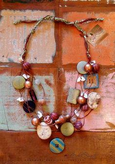 Elegant & Exotic Handmade Brazilian Necklace | Flickr - Photo Sharing! Eveli Duarte