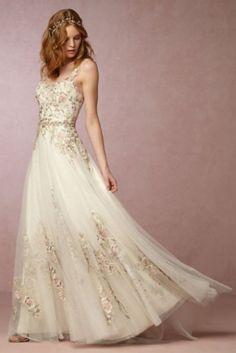 Dein Sternzeichen verrät den Stil deines Brautkleids