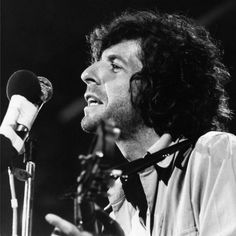 Leonard Cohen performing at the Isle of Wight Festival 1970