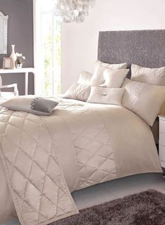 Kylie Minogue Livarna Shell Bedding