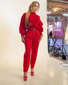 Devil Wears Prada, Beautiful Person, Jennifer Lopez, Streetwear Fashion, Pretty Woman, Movie Stars, My Girl, Celebrity Style, Street Wear