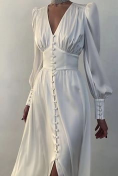 Glamouröse Outfits, Classy Outfits, Fashion Outfits, High Fashion Dresses, Dress Fashion, Elegant Dresses, Pretty Dresses, Beautiful Dresses, Classic Dresses