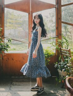 milkcocoa Casual Clothes, Casual Outfits, Face Angles, Backdrop Ideas, Ulzzang Girl, Korean Style, Beautiful Ladies, Blue Dresses, Korean Fashion