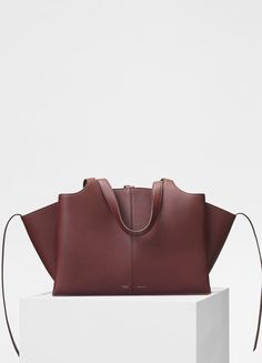 06cde5bd40d2 Medium Tri-Fold bag in supple natural calfskin - セリーヌについて Celine Bag