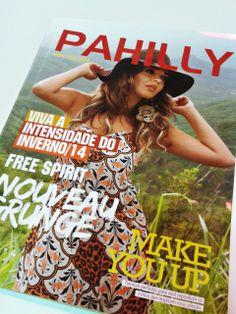 Revista conceitual de moda é um produto de comunicação que apresenta informações sobre o mercado da moda, os novos produtos de uma marca, além de conquistar consumidores. A #Pahilly apostou nessa ação e o resultado ficou um arraso! #impressao #revista #moda