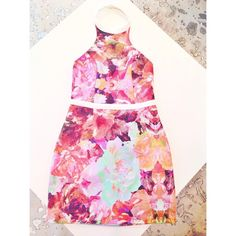 Floral Crush obsessed with our new shipment from @finderskeepersthelabel and @keepsakethelabel  #floral #prettyprints #style #dresses #summer #gimm