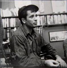 Jack Kerouac Clique na foto para garantir livros da Beat Generation.