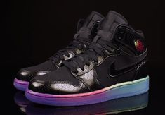 official photos 9394b 548e2 NIKE GIRLS AIR JORDAN 1 RETRO HI PREMIUM GS BLACK FUSCHIA 705296-025 RAINBOW