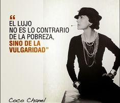 """Coco Chanel """"Menos es más"""" http://www.mbfestudio.com/2014/11/menos-es-mas-coco-channel.html * Se lo dedico para @Saioa Garitaonandia #cocochanel #chanel"""