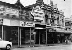 Brunswick St,Fortitude Valley in Queensland in 1958. State Library of Queensland.