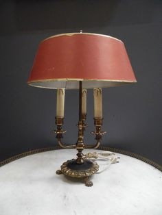 Nice lampe bouillotte en bronze abat jour patine rouge pale trois bras de lumi re XX si cle