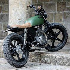 Honda CB250 tracker