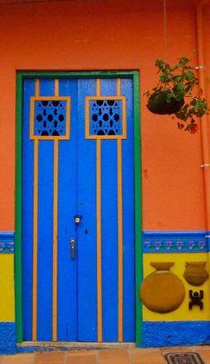 Cool Doors, Unique Doors, The Doors, Windows And Doors, Entrance Doors, Doorway, Door Knockers, Door Knobs, Door Detail