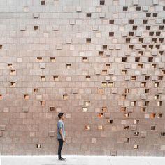 super Ideas for exterior cladding brick texture Brick Design, Facade Design, Exterior Design, Brick Architecture, Architecture Details, Interior Architecture, Architecture Wallpaper, Pattern Concrete, Concrete Facade