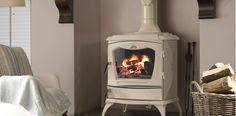 How to get the best from your Stanley stove Stanley Stove, Corner Wood Stove, Log Burning Stoves, Wood Burning, Boiler Stoves, Wood Burner Fireplace, Solid Fuel Stove, Cottage Renovation, New Interior Design