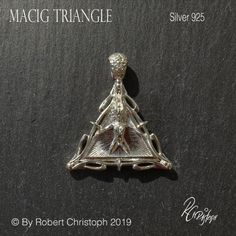 Sculptural jewellery by Robert Christoph and von DesignatworkSwiss Giger Alien, Hr Giger, Buddhism Symbols, Dharma Wheel, Belt Shop, Triangle Ring, Egyptian Goddess, Silver Necklaces, Belt Buckles
