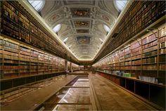Biblioteca do Senado de Paris, França