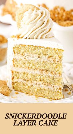 This easy Snickerdoodle Layer Cake is full of cinnamon and sugar! Four layers of moist cinnamon cake are layered with a snickerdoodle crumble and snickerdoodle cookie filling. It's all covered with cinnamon buttercream for one amazing cake that would be an amazing Thanksgiving or Christmas dessert! Thanksgiving Desserts Easy, Christmas Desserts, Desserts To Make, Delicious Desserts, Best Cake Recipes, Dessert Recipes, Snickerdoodle Cake, Cookie Crunch, Smooth Cake