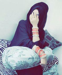 Dpz for girls Cute Girl Photo, Girl Photo Poses, Girl Photography Poses, Girl Poses, Beautiful Hijab Girl, Beautiful Muslim Women, Beautiful Girl Photo, Hijabi Girl, Girl Hijab